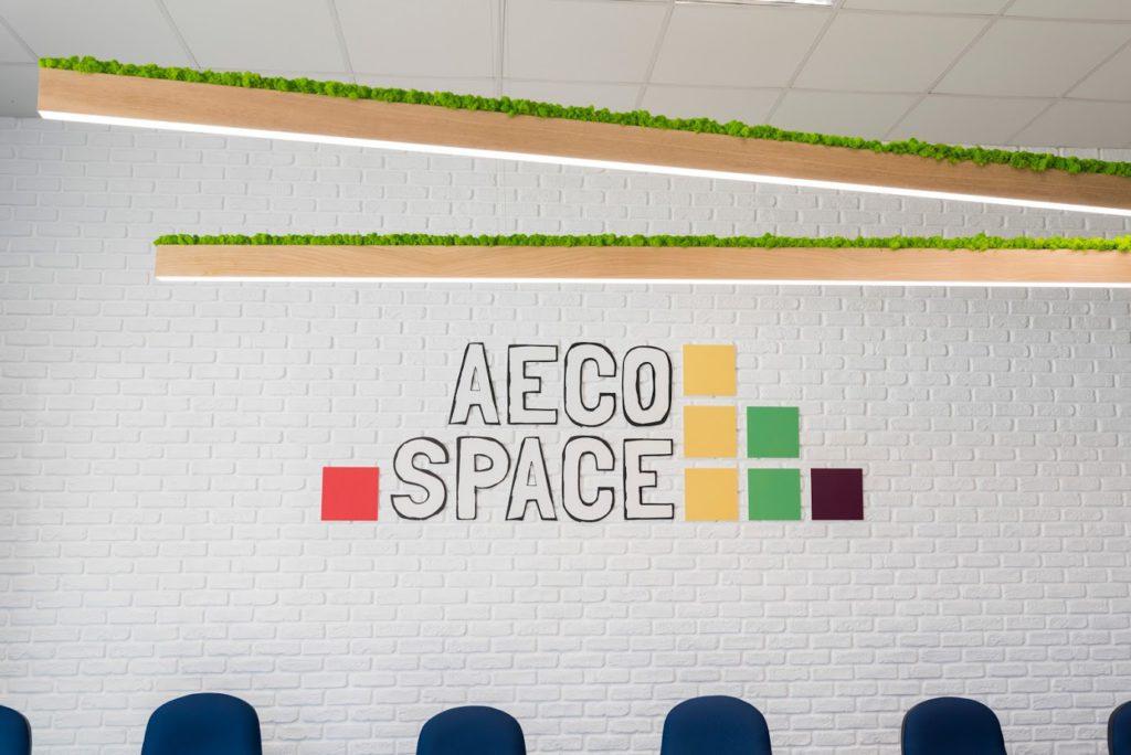 Photo de l'intérieur de l'AECO Space. Conçu par 3DEA.